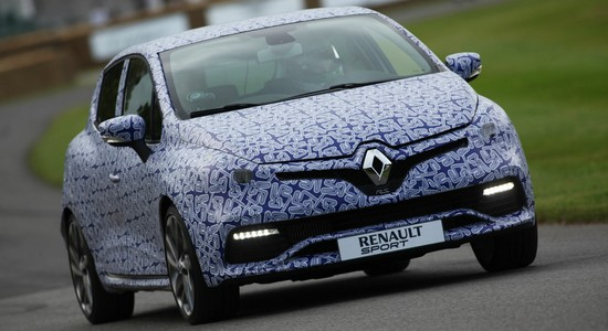 clio 4 rs Festival de Goodwood : la Renault Clio 4 RS fait le buzz!