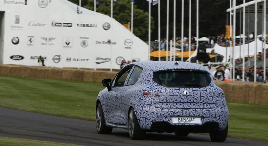 clio 4 rs2 Festival de Goodwood : la Renault Clio 4 RS fait le buzz!
