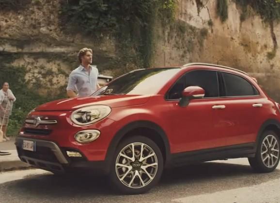 Insolite : Comment la Fiat 500 se transforme en Fiat 500X …